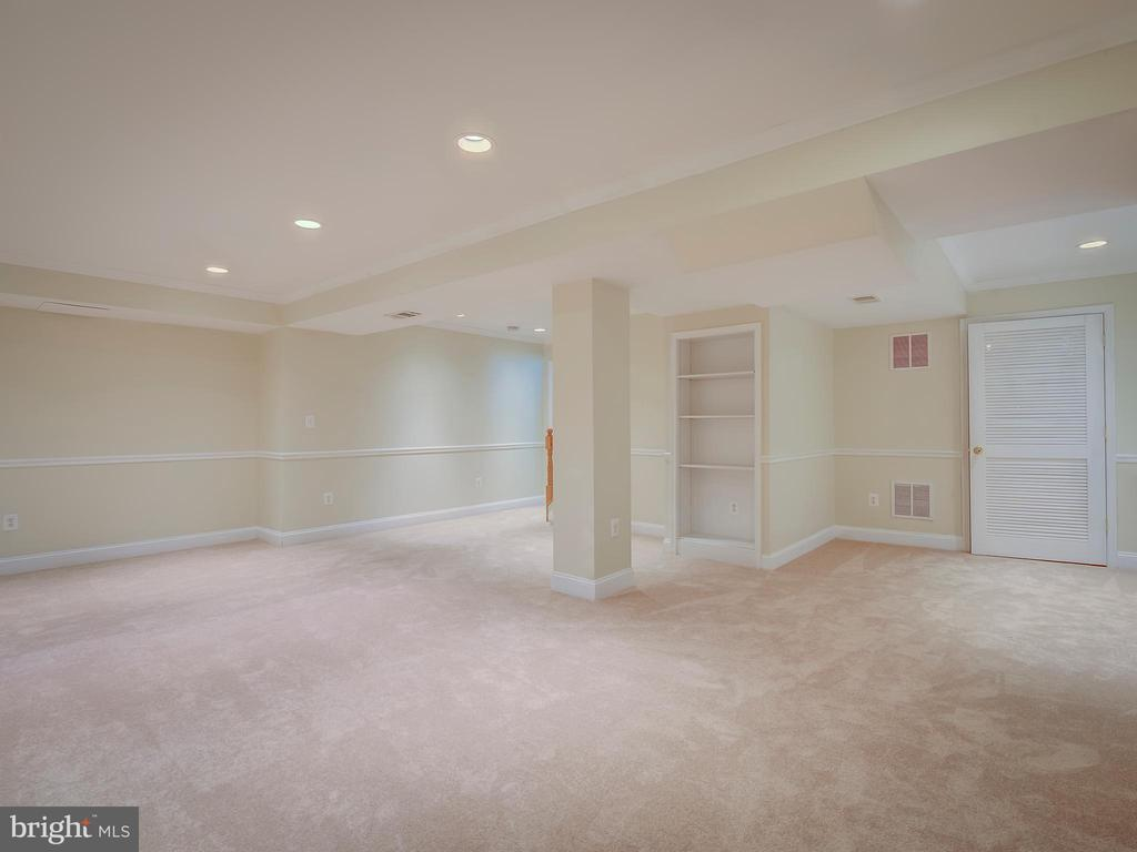 Recreation/Entertainment Room - 103 ENGLISH CT SW, LEESBURG
