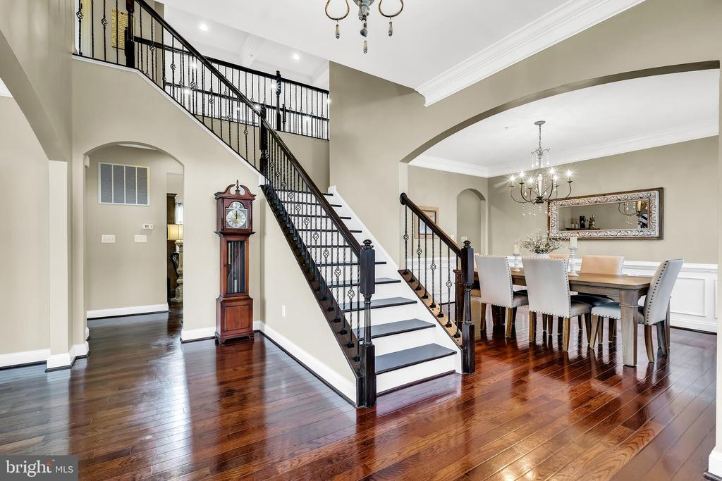 Foyer - 18348 CHELSEA KNOLLS DR, MOUNT AIRY