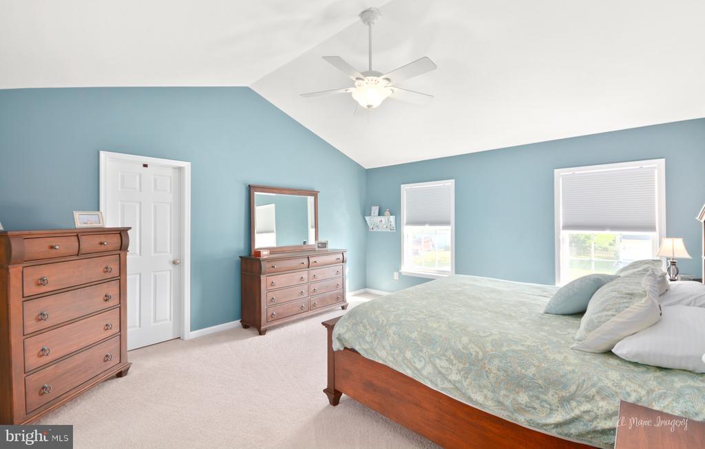 Owners Suite - 62 PLEASANT ACRES DR, THURMONT