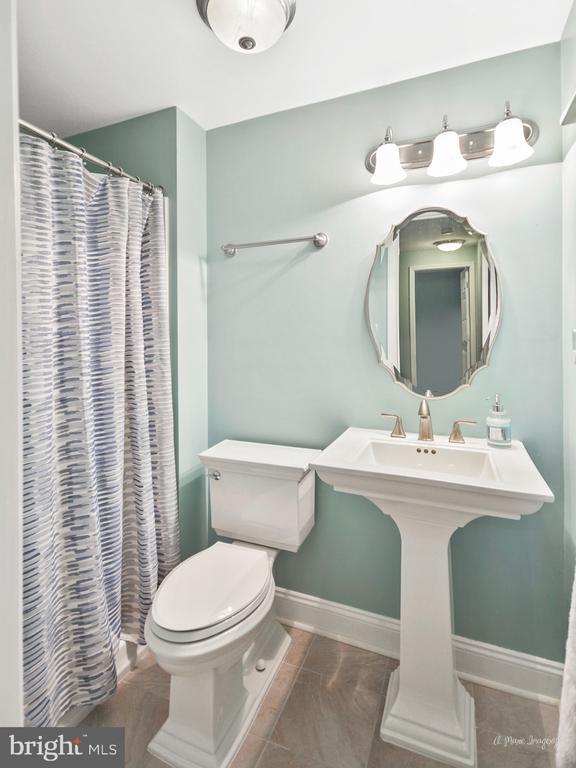 Lower level full bathroom - 62 PLEASANT ACRES DR, THURMONT