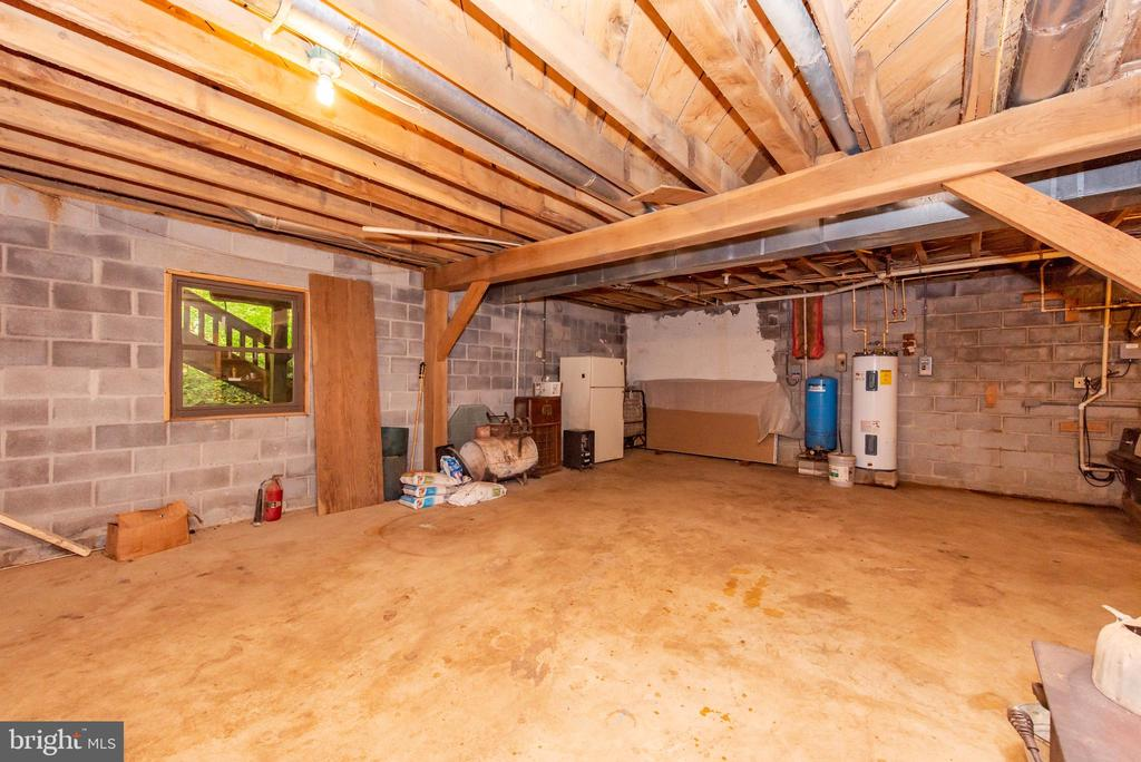 Basement - 8211 BALTIMORE NATIONAL PIKE, MIDDLETOWN