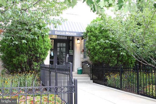 1441 EUCLID ST NW #104