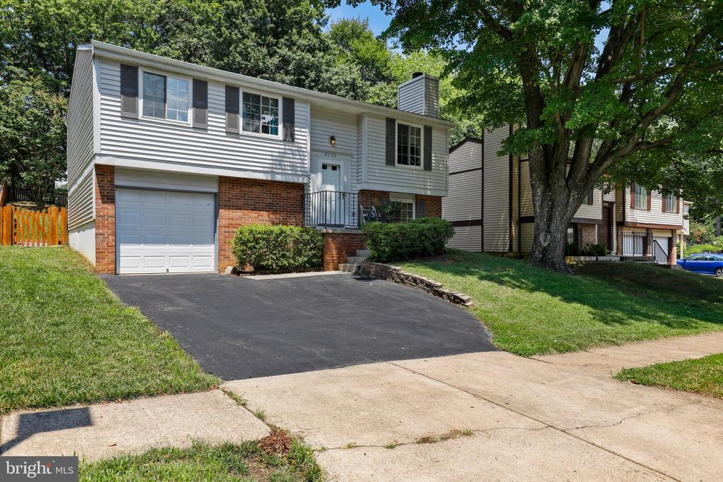 - 8290 MORNING DEW CT, SPRINGFIELD