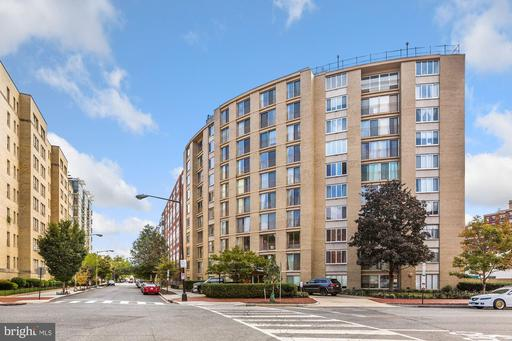 1239 VERMONT AVE NW #510