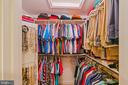Large walk-in closet - 6411 SPRINGHOUSE CIR, CLIFTON