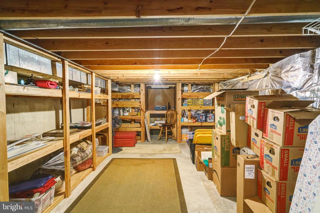 Plenty of storage area - 6411 SPRINGHOUSE CIR, CLIFTON