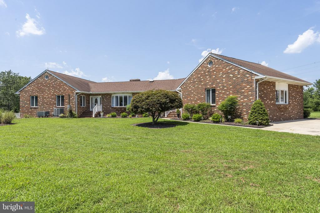 - 5005 LEITCHES WHARF RD, PRINCE FREDERICK