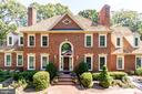 Stately colonial just blocks from Mt. Vernon - 3812 WASHINGTON WOODS DR, ALEXANDRIA