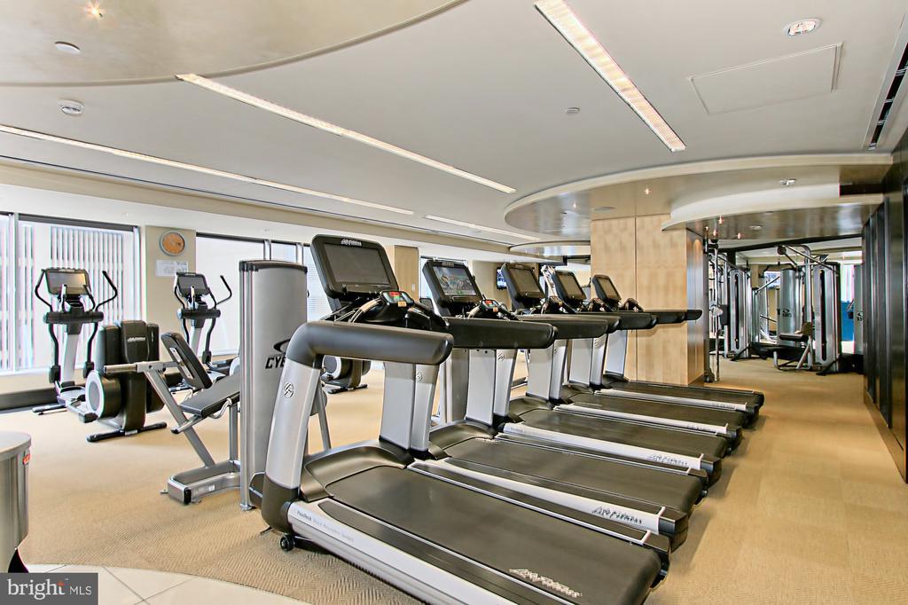 Fitness Center - 1111 19TH ST N #2503, ARLINGTON