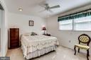 Owner's bedroom with ceiling fan - 128 N GARFIELD RD, STERLING
