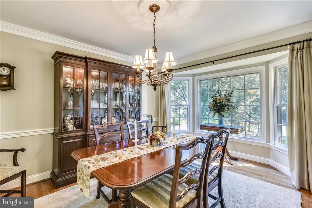 Dining Room w/ hardwood floors - 14826 HUNTING PATH PL, CENTREVILLE