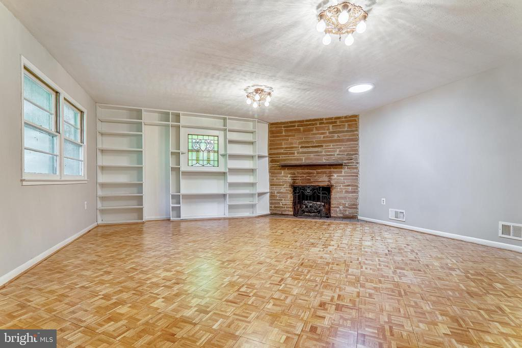 Rec Room with Built-ins and Fireplace - 6811 WINTER LN, ANNANDALE