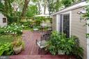 Perennial gardens along deck - 16 UNION ST NW, LEESBURG