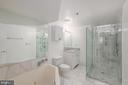 Master Bath - 1211 S EADS ST #1705, ARLINGTON