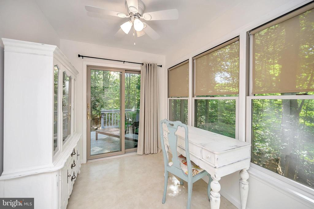 Studio off the kitchen with deck access - 111 SILVER SPRING DR, LOCUST GROVE