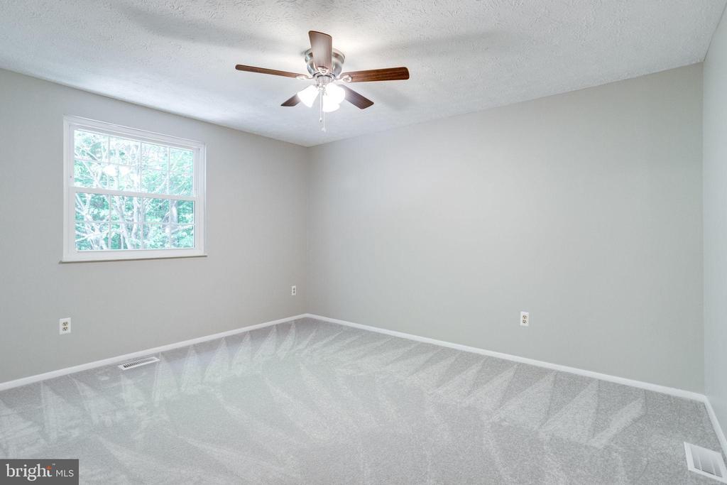 Bedroom 3 - 8848 CREEKSIDE WAY, SPRINGFIELD