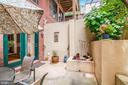 Rear gardens / patio - 520 1/2 13TH ST SE #A, WASHINGTON