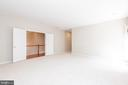 Primary bedroom with double-door entry - 6033 SUMNER RD, ALEXANDRIA