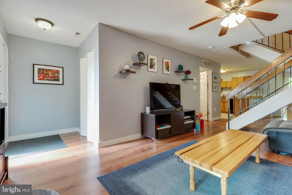 Hardwood floors - 1326 NORTHGATE SQ, RESTON
