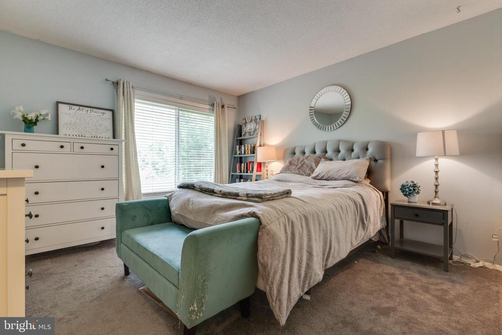 Primary bedroom - 1326 NORTHGATE SQ, RESTON
