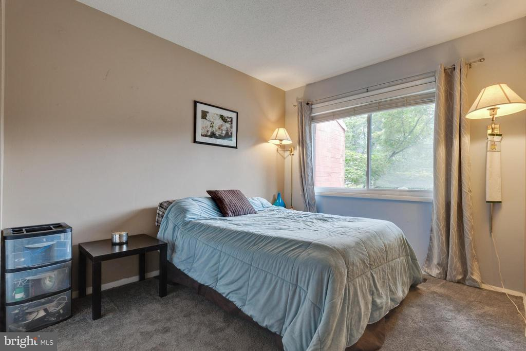 Third bedroom - 1326 NORTHGATE SQ, RESTON