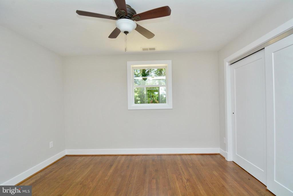 Bedroom #2 - 7416 LEIGHTON DR, FALLS CHURCH