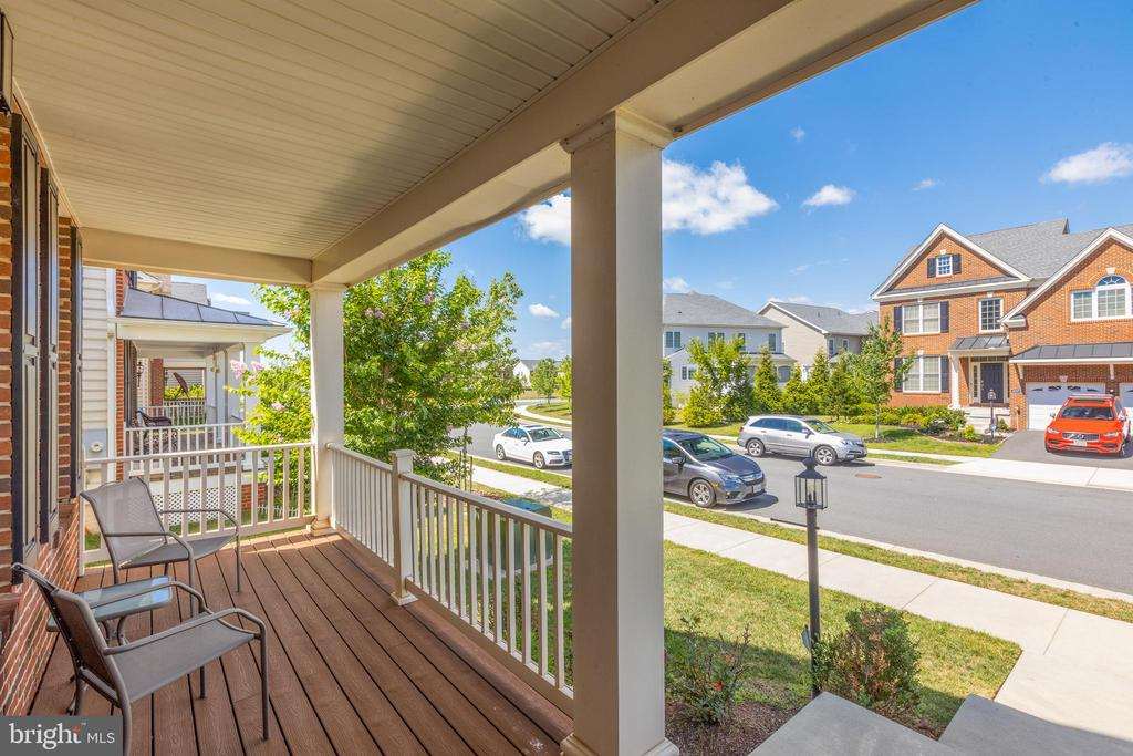Front porch - 43172 ASHLEY HEIGHTS CIR, ASHBURN