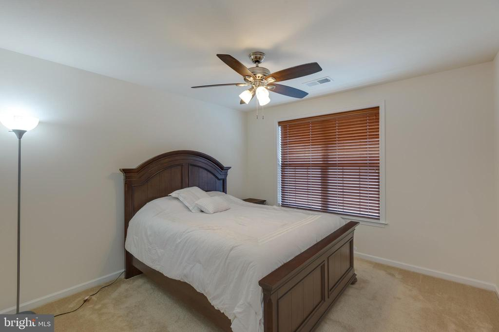 4th bedroom - 43172 ASHLEY HEIGHTS CIR, ASHBURN