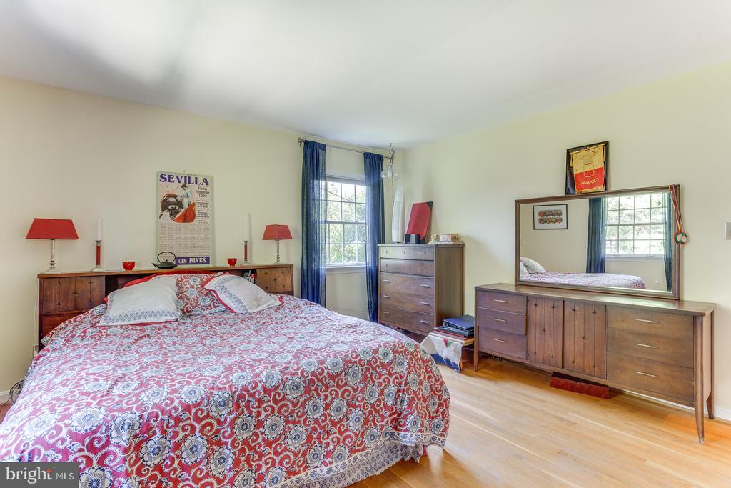 Master Bedroom - 805 GOLDEN ARROW ST, GREAT FALLS