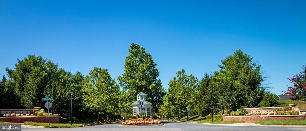 community entrance - 1302 WANETA CT, ODENTON