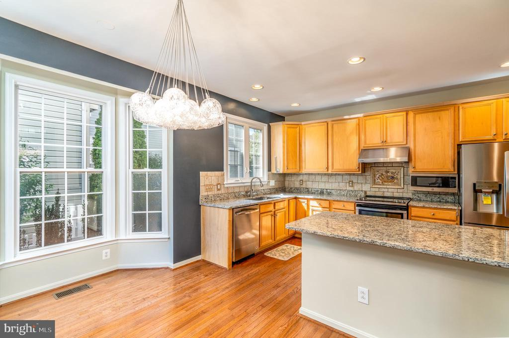 Kitchen - 21586 MERION ST, ASHBURN