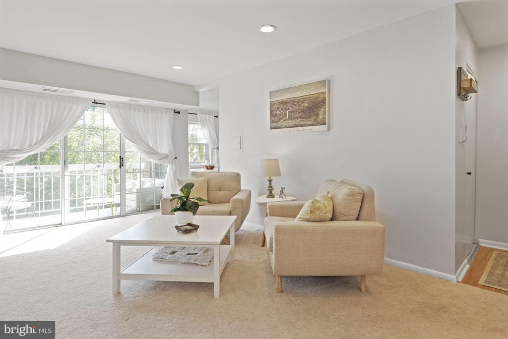 Living Room Receives an Abundance of Sunlight! - 1931 WILSON LN #102, MCLEAN