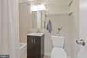 Full Bathroom - 12 x 12 Ceramic Tile - 1931 WILSON LN #102, MCLEAN