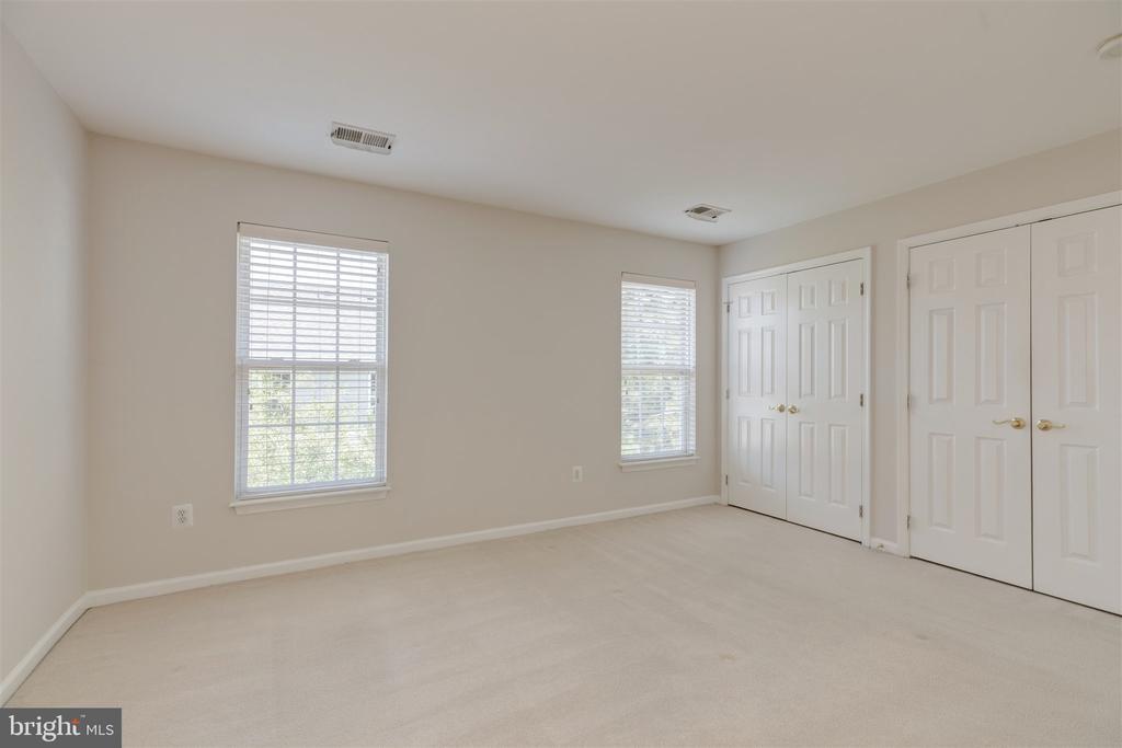 Master Bedroom - 6948 BANCHORY CT, ALEXANDRIA