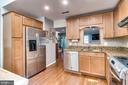 Stainless Appliances, Hardwoods, Granite - 624-A N TAZEWELL ST, ARLINGTON