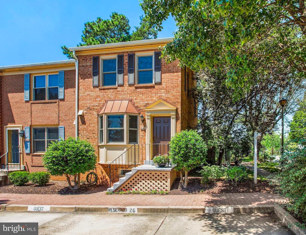 Assigned and guest parking - 848 N FREDERICK ST, ARLINGTON