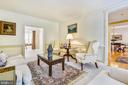 Formal living room is open to library and foyer - 20405 EPWORTH CT, GAITHERSBURG