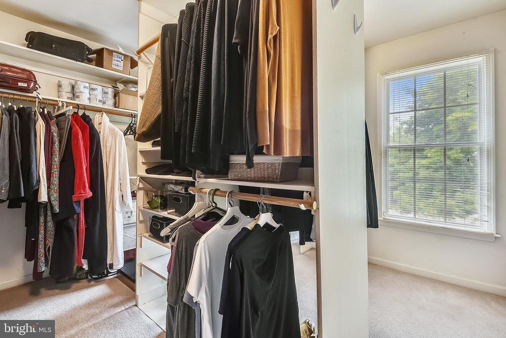 Master bedroom closet has a window - 20405 EPWORTH CT, GAITHERSBURG