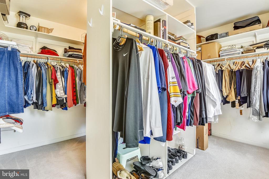 Large master bedroom closet - 20405 EPWORTH CT, GAITHERSBURG