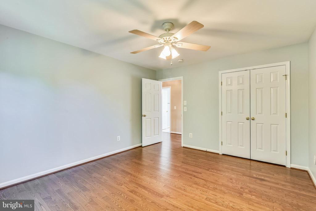 Bedroom 2 - 14091 EAGLE CHASE CIR, CHANTILLY