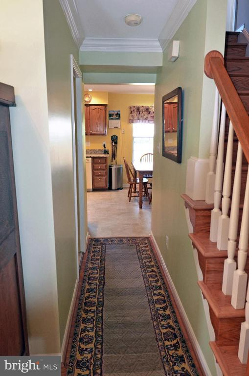 Center Hall - 2314 COLTS BROOK DR, RESTON