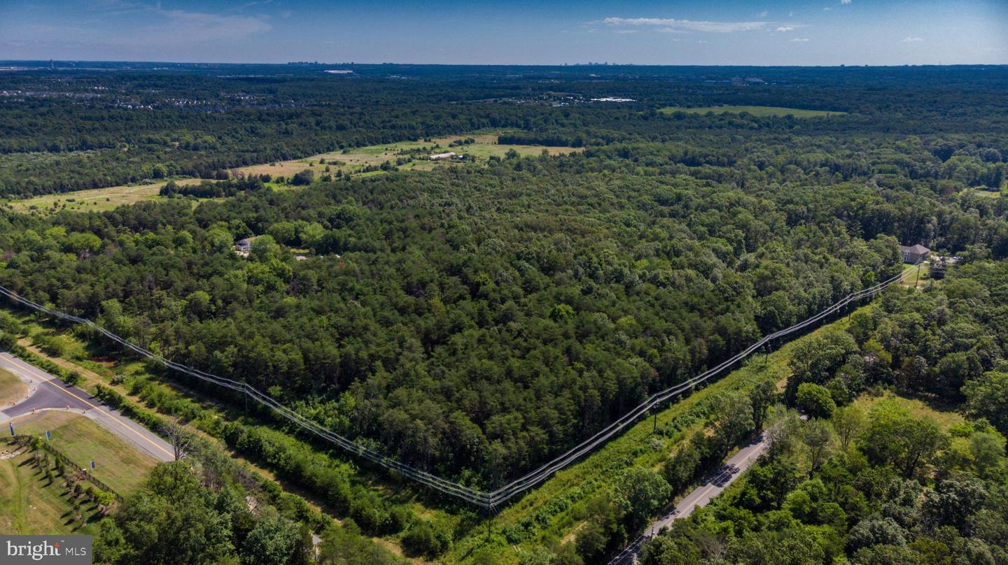 Land for Sale at Centreville, Virginia 20120 United States