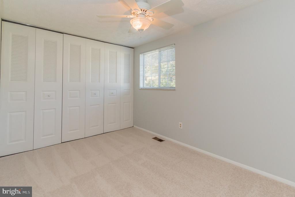 Second bedroom - 8203 WHITE STONE LN, SPRINGFIELD