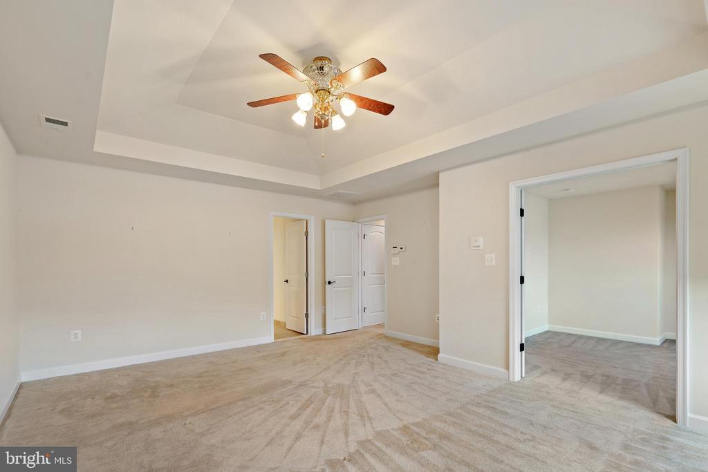 upper master bedroom #1 - 7304 BACKLICK RD, SPRINGFIELD