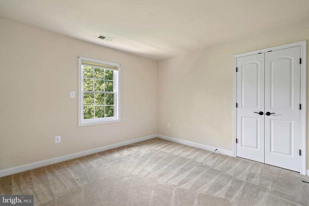 bedroom#2 - 7304 BACKLICK RD, SPRINGFIELD