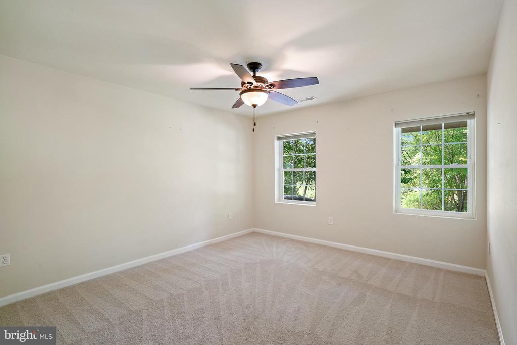 Lower level bedroom #5 - 7304 BACKLICK RD, SPRINGFIELD