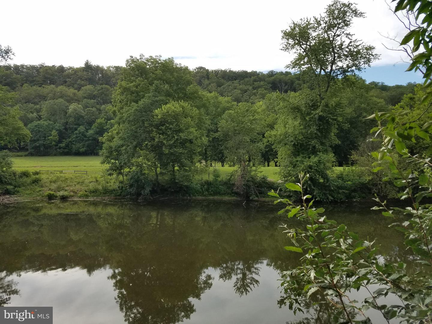 Terreno para Venda às Capon Bridge, West Virginia 26711 Estados Unidos