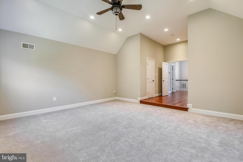 Bedroom #6 - 6811 CLIFTON RD, CLIFTON