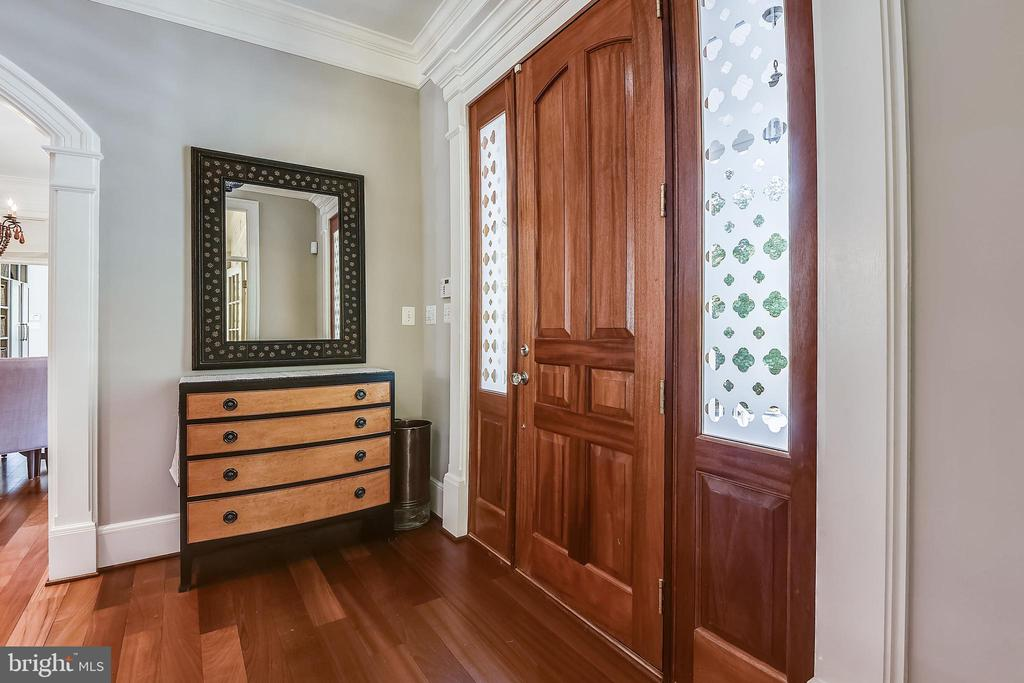 Foyer - 8-ft door plus sidelights - 6811 CLIFTON RD, CLIFTON