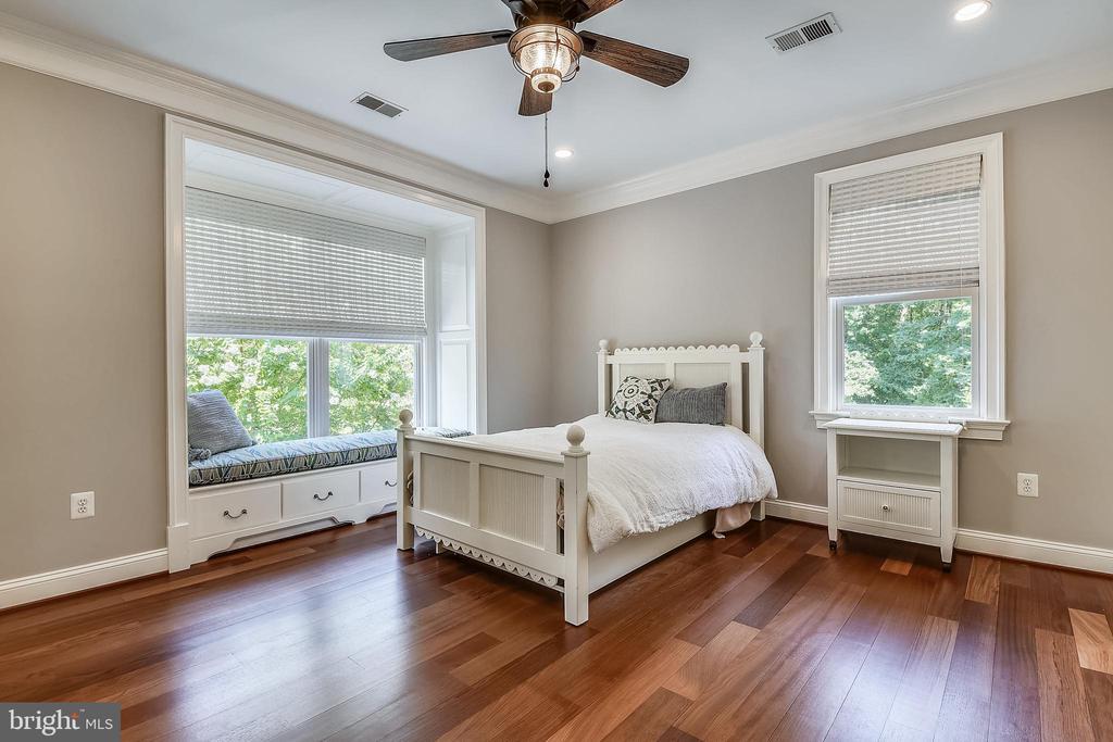 Bedroom #5 - 6811 CLIFTON RD, CLIFTON